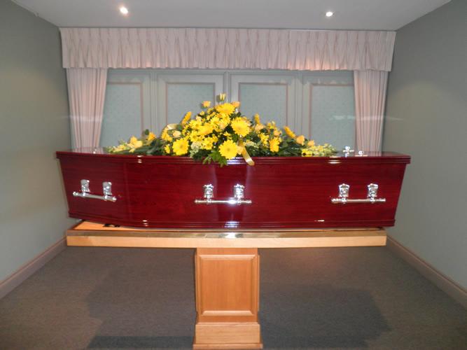 Moreton Rose Oversized with Standard Coffin Spray