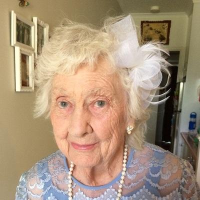 Gladys Dorothy LEISHMAN